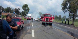 bomberos-incendio-vehiculos