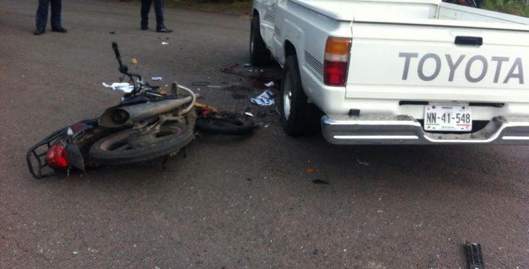 accidente-moto-camioneta