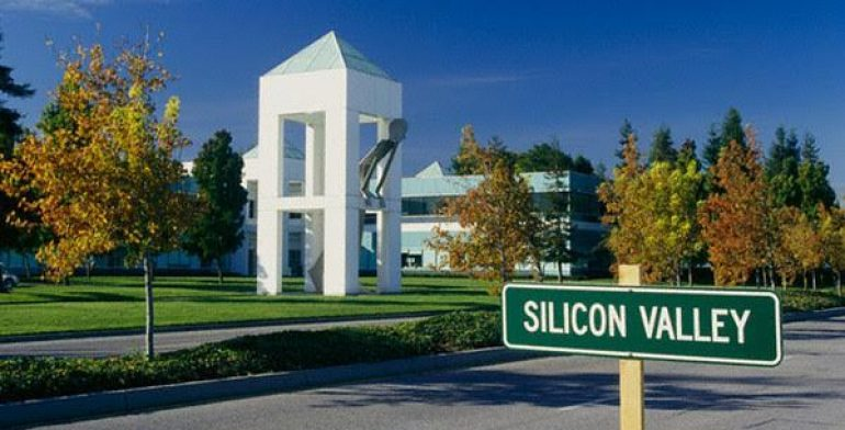 ca. 1990-2003, Silicon Valley, California, USA --- Tech Companies in Silicon Valley --- Image by © Gerald French/CORBIS