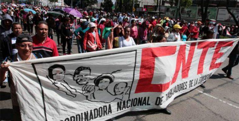 Persiste CNTE con acciones; anuncia paro nacional para el 15 de mayo -  Quadratín