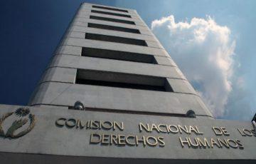 El mundo al revés/Ernesto Villanueva 20:00 CNDH, tras la tempestad. - Quadratín Michoacán