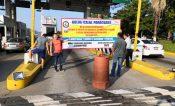 Vandalizan normalistas caseta de Panindícuaro; cobran cuota de 100 pesos